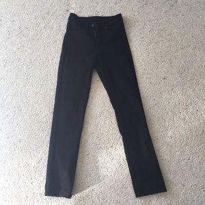 NWOT Uniqlo Black Jeans
